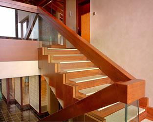 escaleras madera interior